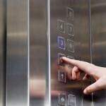 Servicios para bajar ascensor a cota cero Valencia profesionales